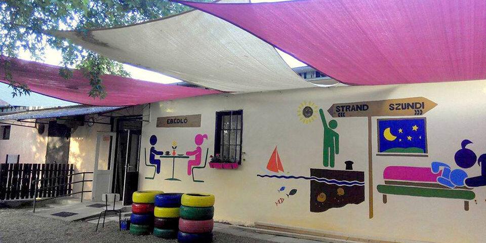 Telekom, Beneford - Zamárdi gyermektábor önkéntes felújítás - pmgyia.hu